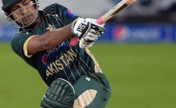 Sarfraz Ahmed - A spicy unbeaten knock of 76