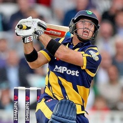 Colin Ingram 96 off 62 for Glamorgan