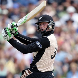 Martin Guptill 80 off 48 vs Pakistan
