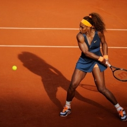 Serena should easily beat her opponent