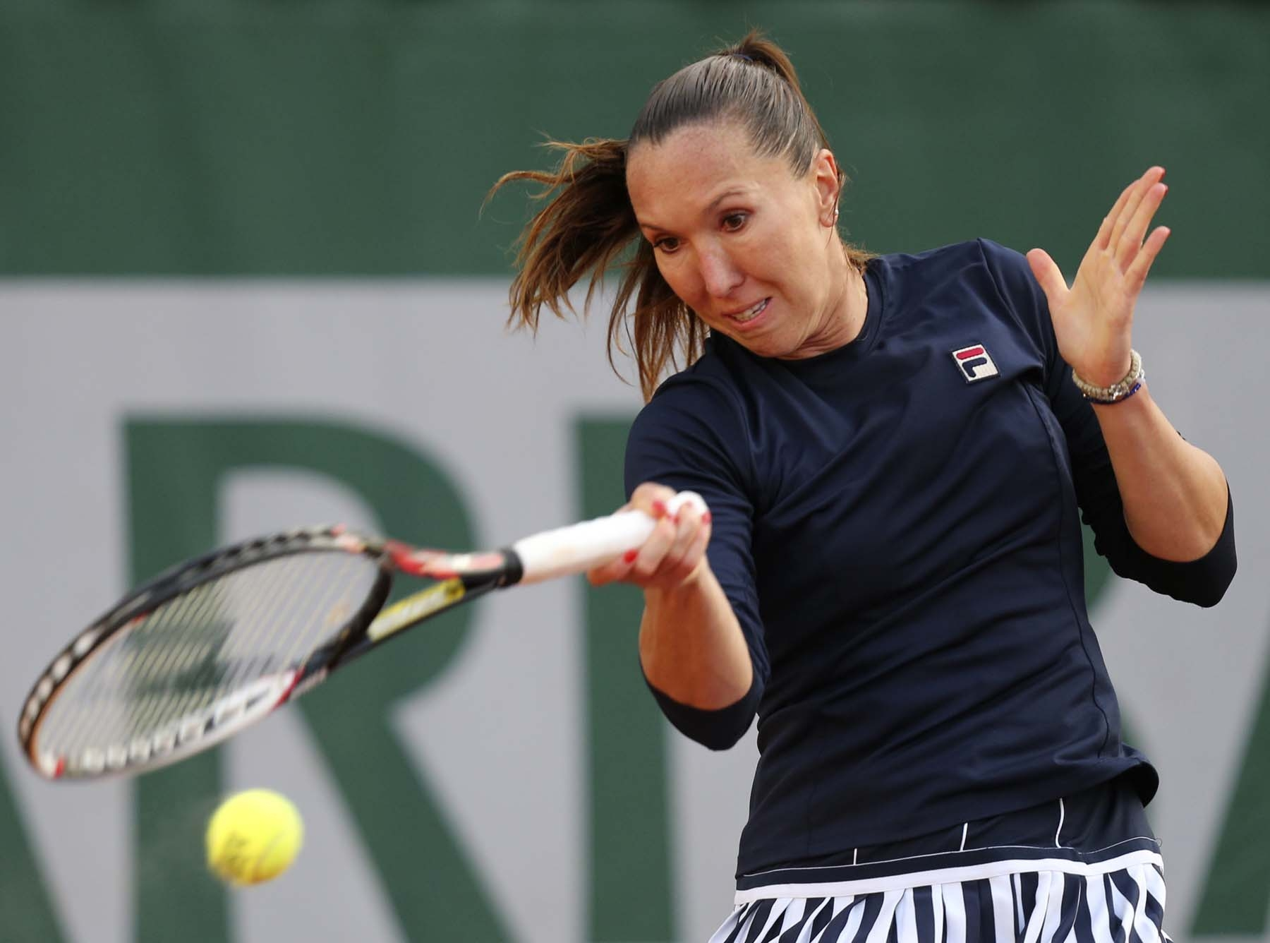 Jelena Jankovic is facing a difficult match against Cirstea