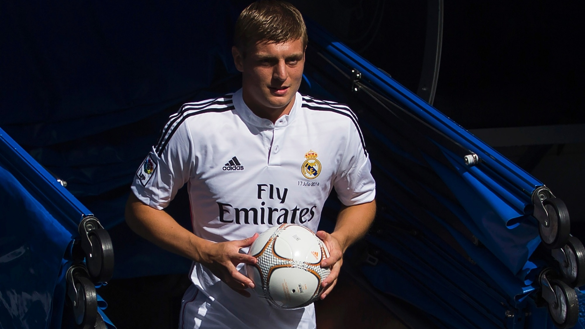 Will Toni Kroos be able to make a stand at Real Madrid's strong midfield line?