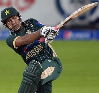 Sarfraz Ahmed - A spicy unbeaten knock of 76