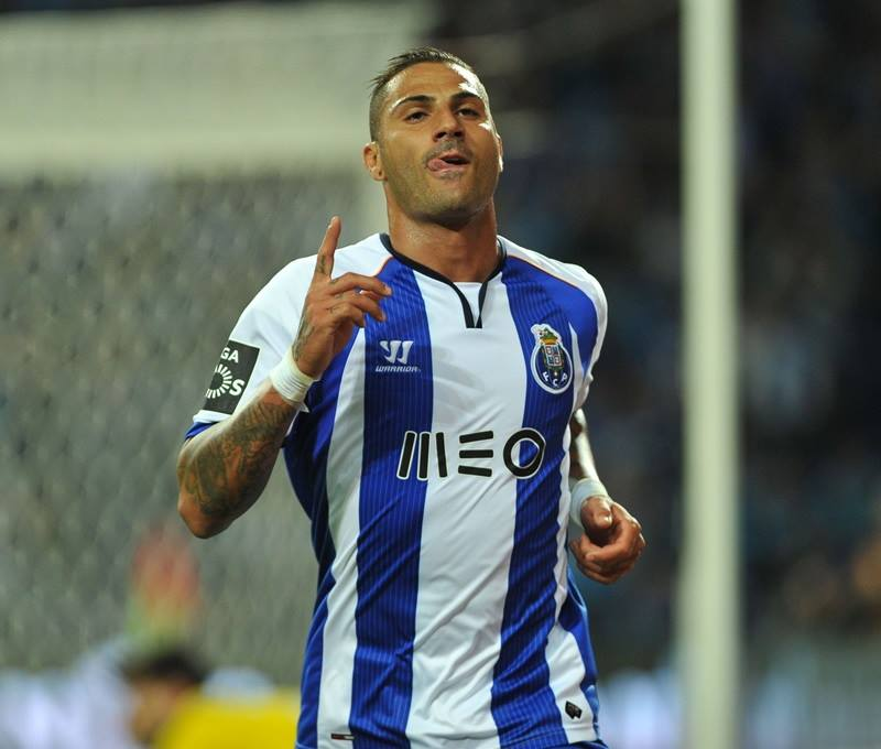 Will this mighty FC Porto be able to surprise the all-powerful Bayern?